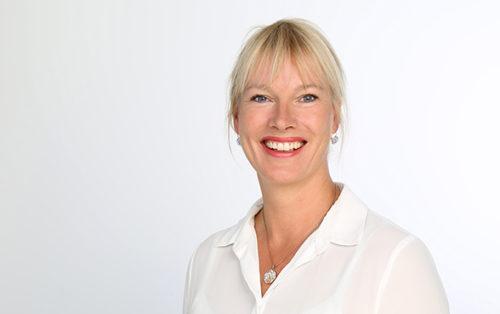 Wilma van Dijk, Hiscox