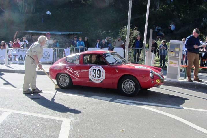 160929-rossfeldrennen-2016-abarth-start