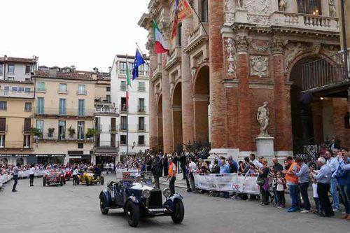 Mille Miglia: Durchfahrt in Vicenza