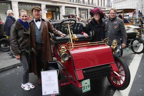 Veteran Car Run 2017: Aufstellung der Fahrzeuge auf der Regent Street