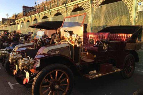 Veteran Car Run 2017: Aufstellung der Fahrzeuge in Brighton