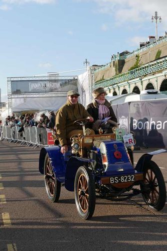 Veteran Car Run 2017: Zieleinfahrt in Brighton
