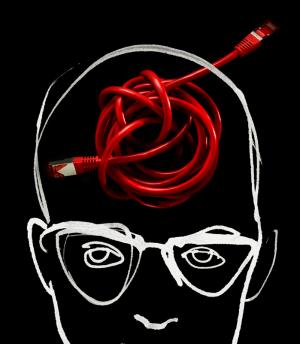 Oberere Gesichtshälfte mit Kabelknoten als Hirnersatz mit schwarzem Hintergrund