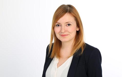 Claudia Schneider, Hiscox