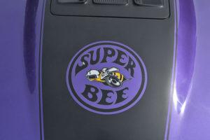 20200904-gastbeitrag-dodge-superbee-biene